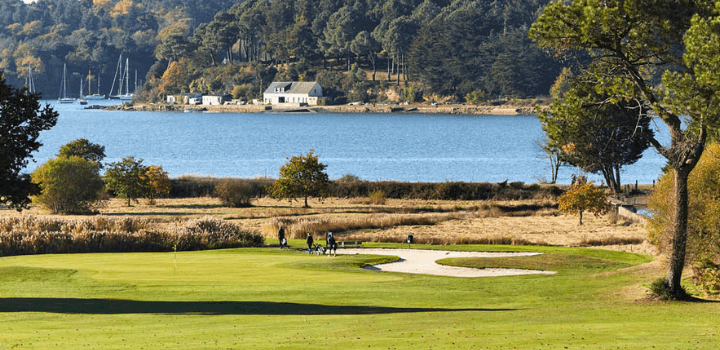Discounted green fees to golf in Morbihan